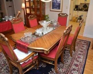 dining room table, extra leaf, six chairs