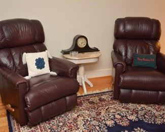 table is still available, recliners and clock sold