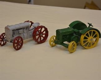 John Deere model tractor, gray and red tractor