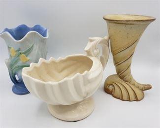 Weller, McCoy and Frankoma Vases https://ctbids.com/#!/description/share/289120