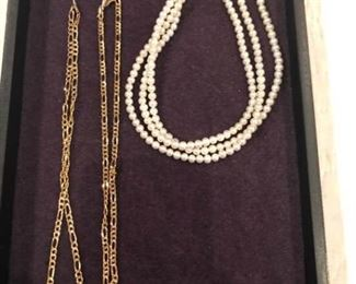 Gold Chains and Pearl Beads with Gold Clasp