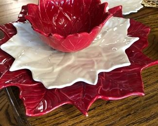 Poinsettia place settings many available