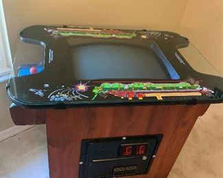 Multicade Pac-Man machine