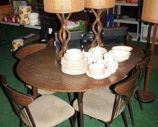 Mid Century Formica and Metal Table.  Terrific Mid Century Lamps.  Two piece lamp shades are original.
