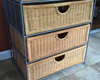Wicker Drawers https://ctbids.com/#!/description/share/289231
