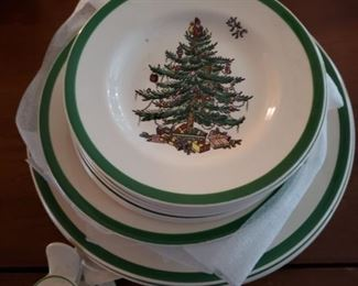 Spode Christmas Dinnerware service for 8
