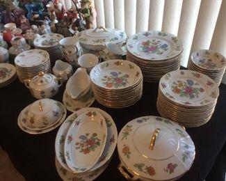 Wonderful dinnerware set