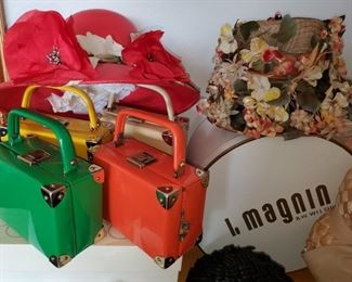 Beautiful vintage hats and hand bags!