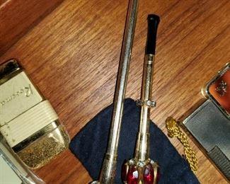 Vintage smoking things