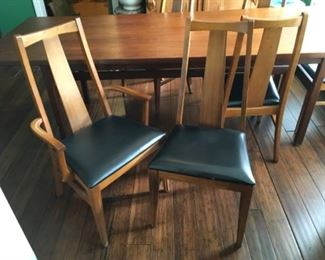6 Hooker Furniture Mid Century dining chairs, 2 are armchairs