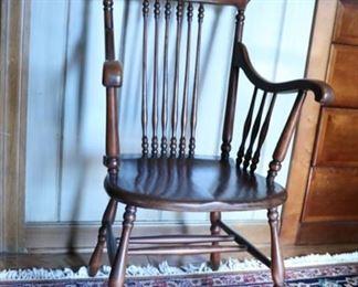 chair 18d x 36h x 21w