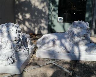 ceramic lions 12w x 29L x 18h
