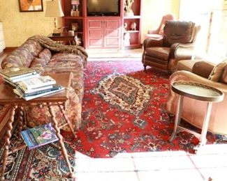 wool rug 16'5 x 10'5
