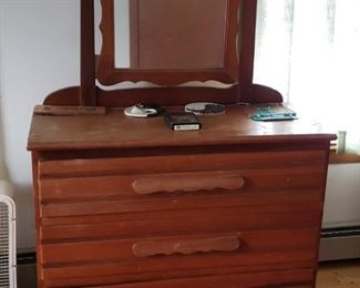 Maple dresser with mirror