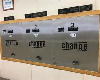 STANDARD COIN CHANGERS 4 HOPPERS EACH