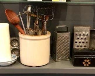 Antique Kitchen Items https://ctbids.com/#!/description/share/291990