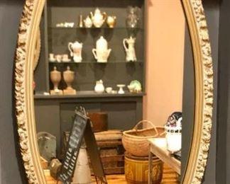 Vintage Mirror https://ctbids.com/#!/description/share/291995