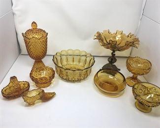 Various Amber Glass Items https://ctbids.com/#!/description/share/292046