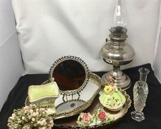 Nice mix of Decorative items https://ctbids.com/#!/description/share/292077