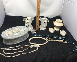 Incolay Stone Jewelry Box & Iridescent Vase, Figurines https://ctbids.com/#!/description/share/292103