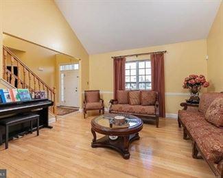 Formal living room set