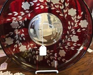 Wonderful Cranberry Plate