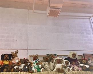 Huge Signed Collection of Raikes Bears & Some Bunnies (with Certificates)