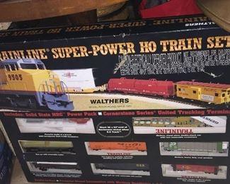 Trainline Super Power HO Train Set