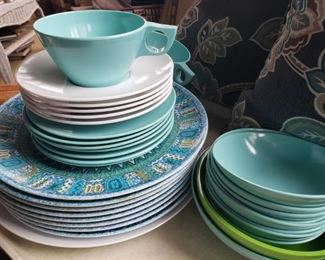 melamine, blue, pattern, bowls, plates, coffee, cups, saucers