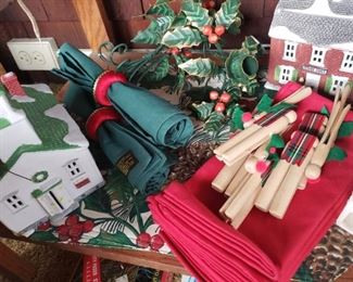 Christmas, napkins, napkin rings, clothes pin, crafts, holly, mistletoe, ceramic, houses, placemats