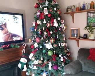 9 foot Christmas tree (decorations not included) comes in carrying cases