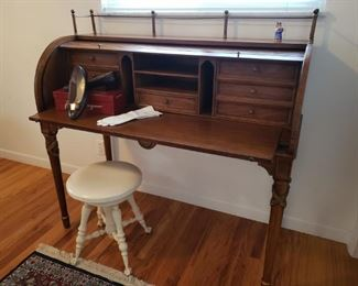 Tomlinson roll top French style desk