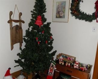 Prelit 7 ft tree. Wreath. Two other trees available also. One is a Mountain King