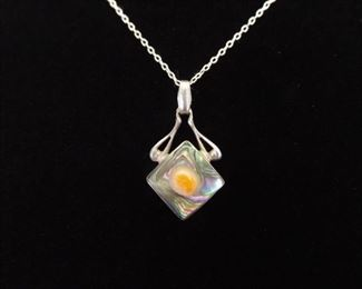 .925 Sterling Silver Encased Pearl Abalone Pendant Necklace