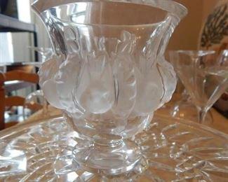 Lalique Vase...Dampierre