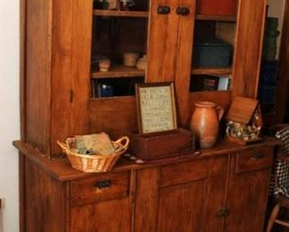 STEP BACK CUPBOARD WITH DOORS