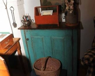 PAINTED COUNTRY JELLY CUPBOARD