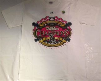$ 3 Chicago White Sox tee 2005 World Series Champion White T-Shirt 2500 Pc Vintage