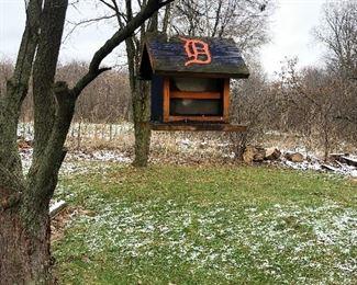 Detroit Tigers bird feeder