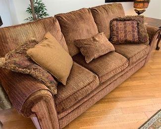 Pair of Matching Flexsteel Sofas Like New