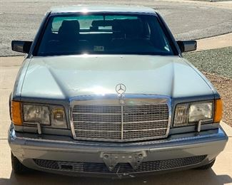1987 Mercedes Benz 420 SEL (Vehicle just had extensive servicing/rebuild and is road ready)