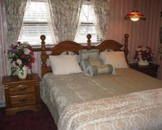 Really nice King Bed with Denver Mattress Supreme