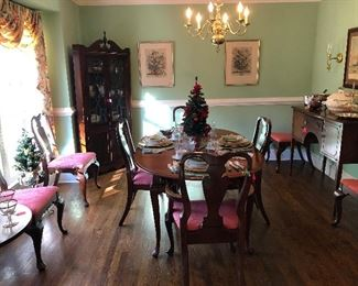 Wild Cherry Dining Room set with 8 chairs and 2 leaves.