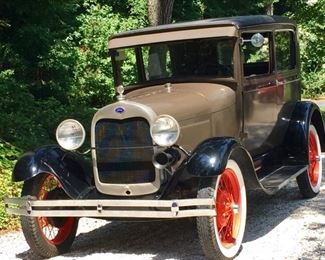 1929 Model T Ford in almost perfect condition.