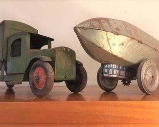 Tin type truck & dirigible, by Marx, with original finish