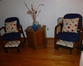Cool pair of retro chairs