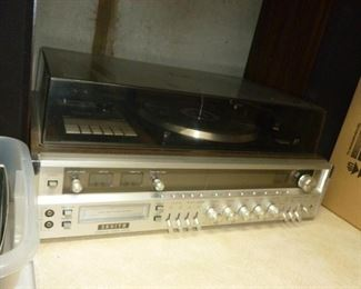 Vintage stereo w/8 track player