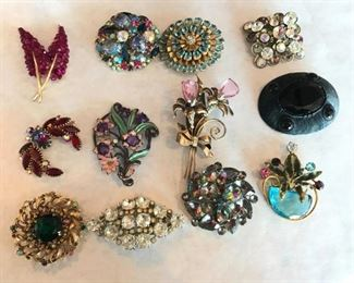 Exceptional vintage brooches