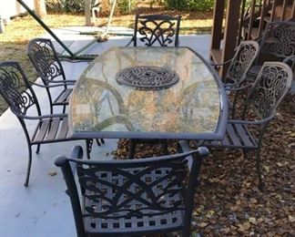 Outside Table & Chairs https://ctbids.com/#!/description/share/295451