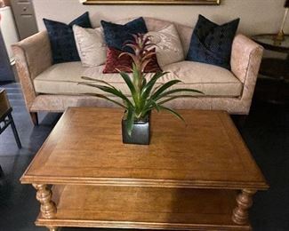 Drexel Heritage soda and coffee table